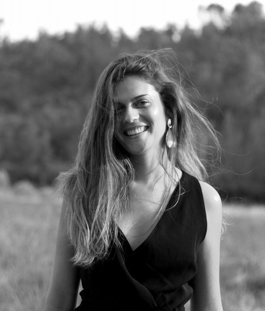portrait femme, photo noir et blanc