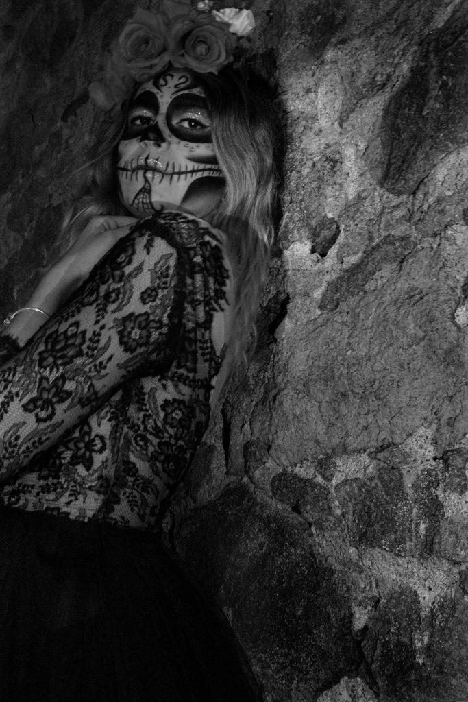 muerte, halloween, photo noir et blanc, portrait de femme, portrait créatif